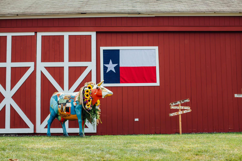 red-barn-wedding-details-planning.jpg