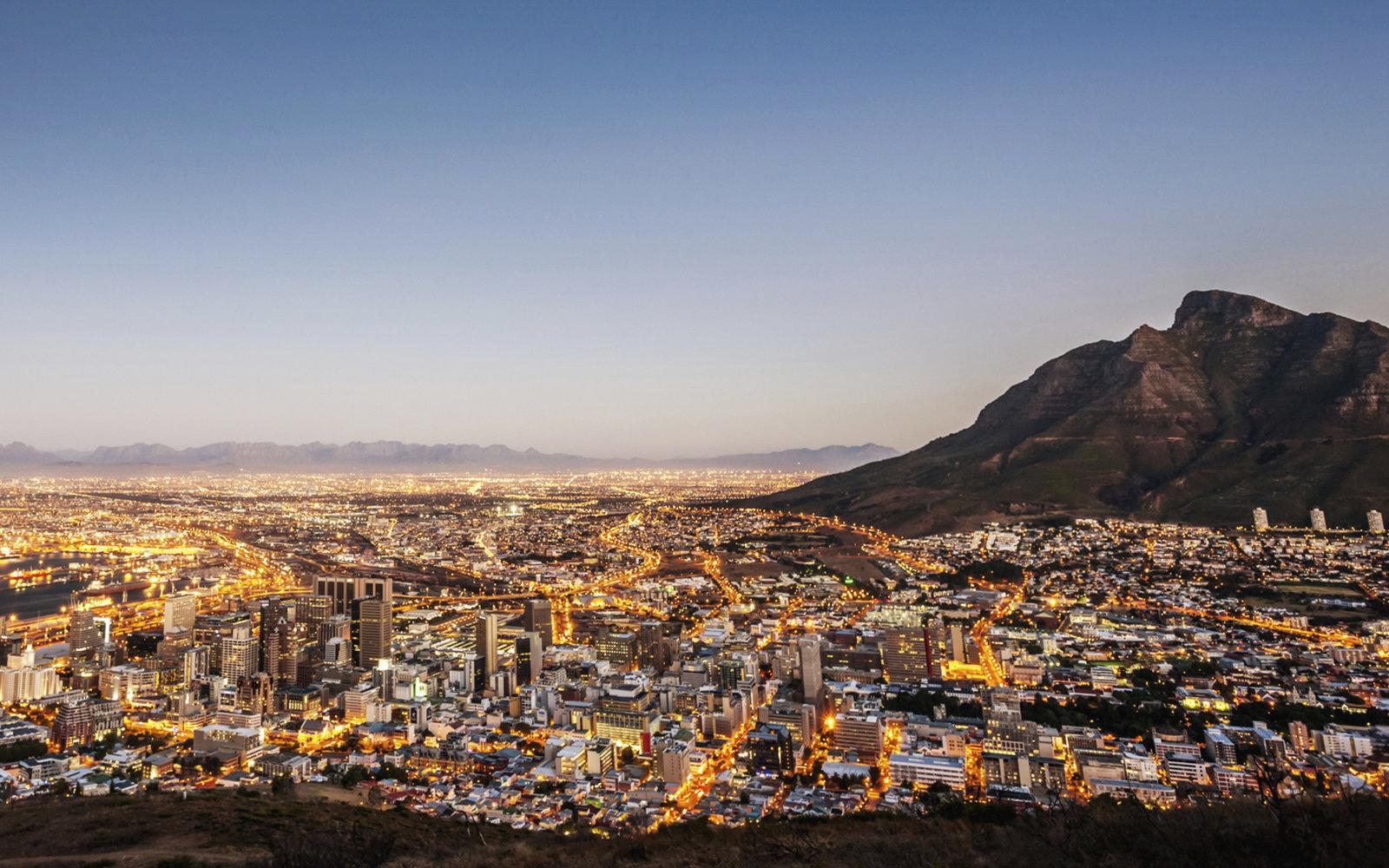 Cape Town Signal Hill.jpg