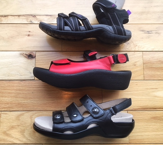 oversize sandals.jpeg