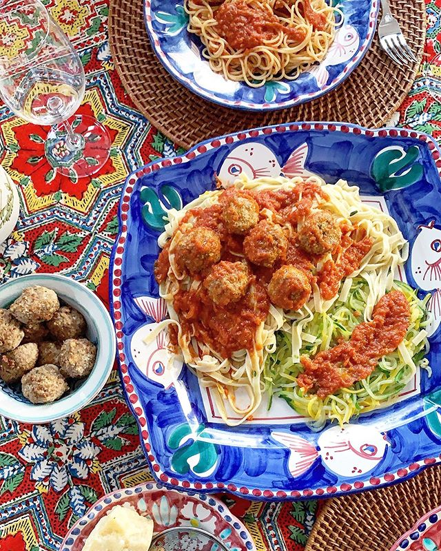 Sunday dinner with a little something for everyone...@traderjoes zucchini noodles, @cappellos paleo fettuccine & @wholefoods spaghetti + homemade sauce & grass fed meatballs. #sundaydinner