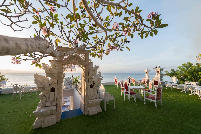 Bingin-Santorini-Bali-4.jpg