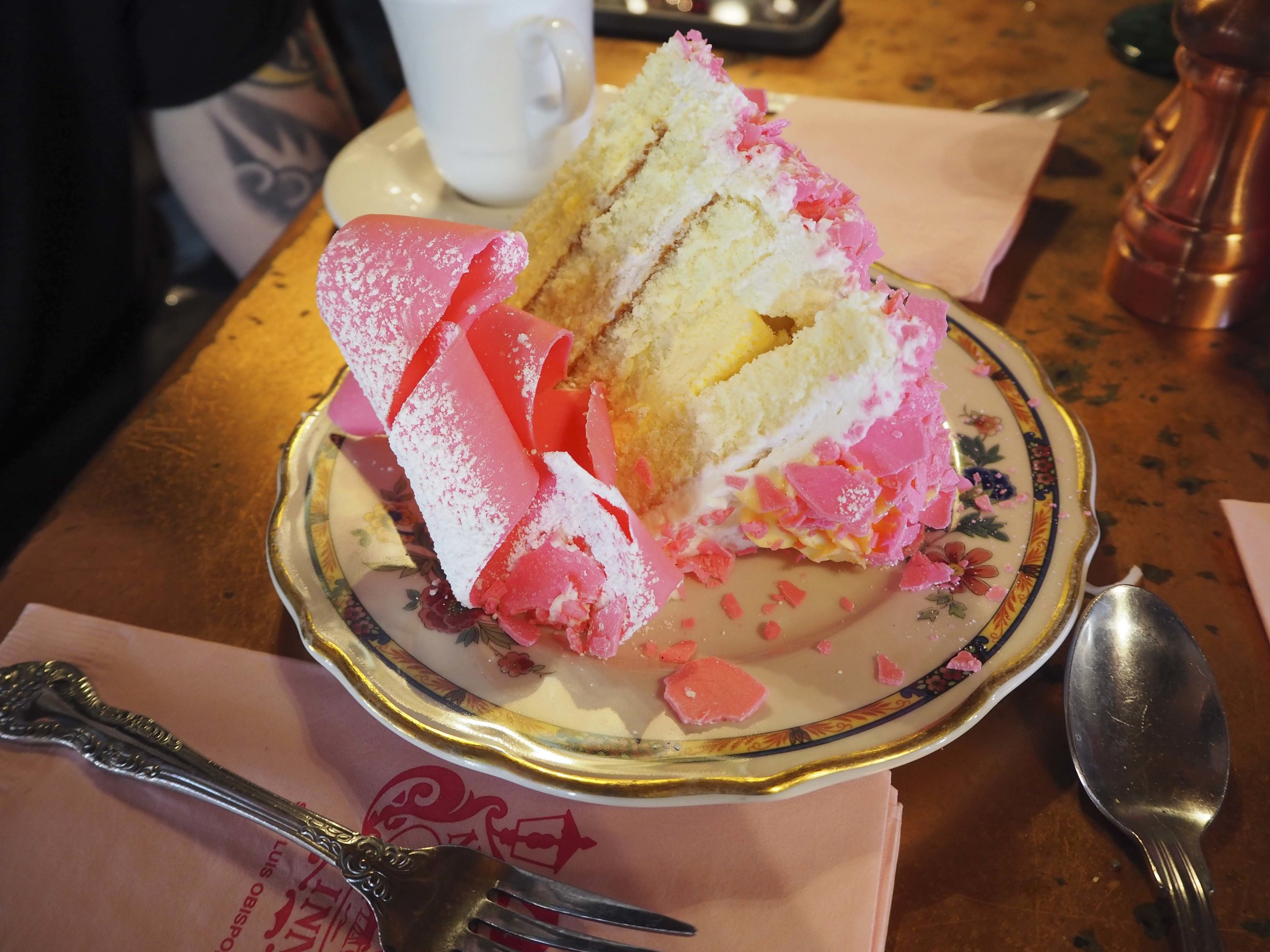 Pink champagne cake for 'breakfast dessert'