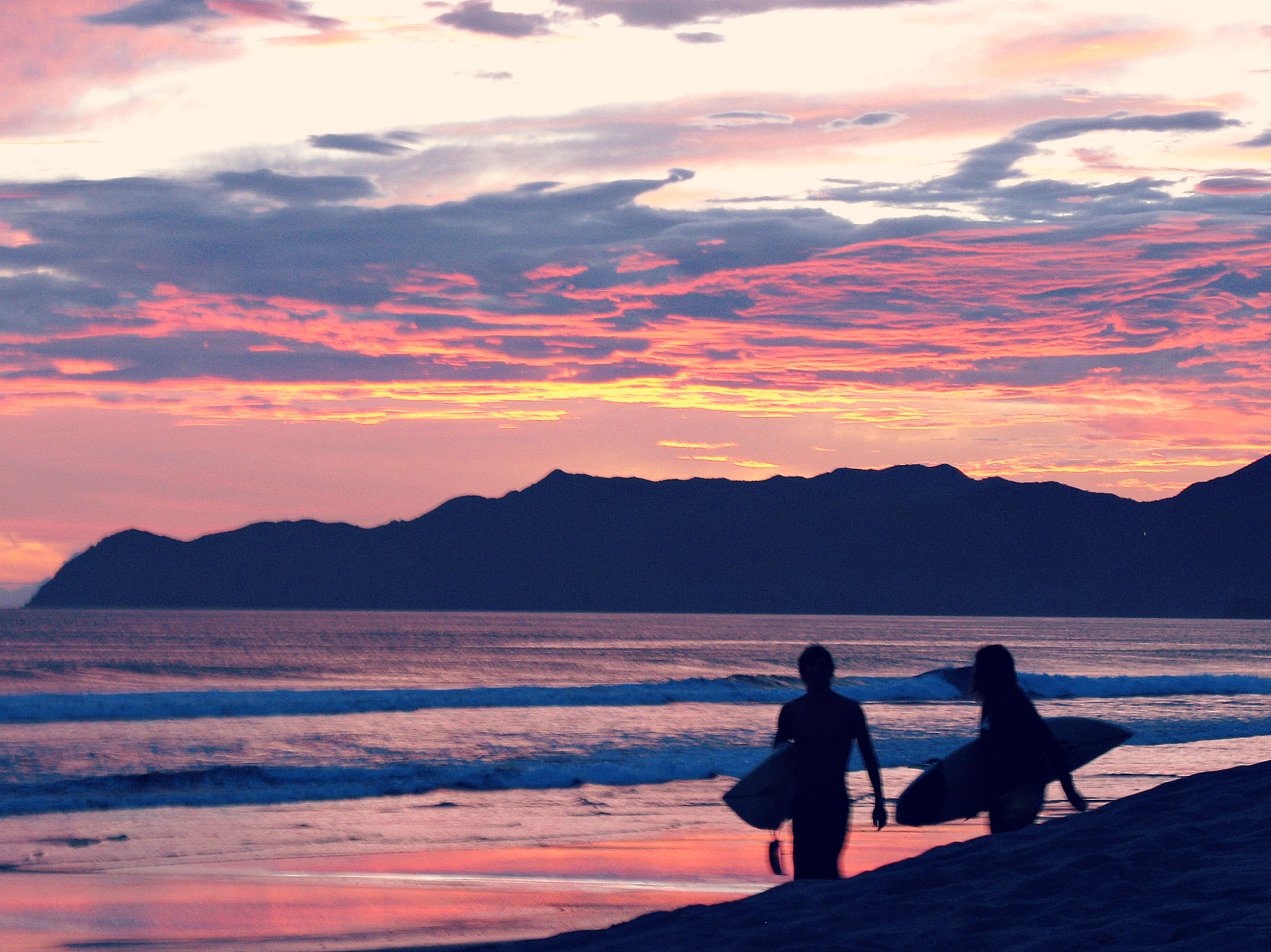 surfgraphic2.jpg