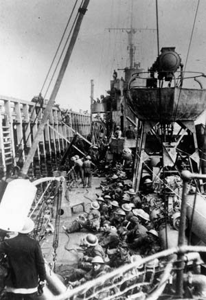 British soldiers board a destroyer at the mole at Dunkirk. Photo source: Warfare History Network.