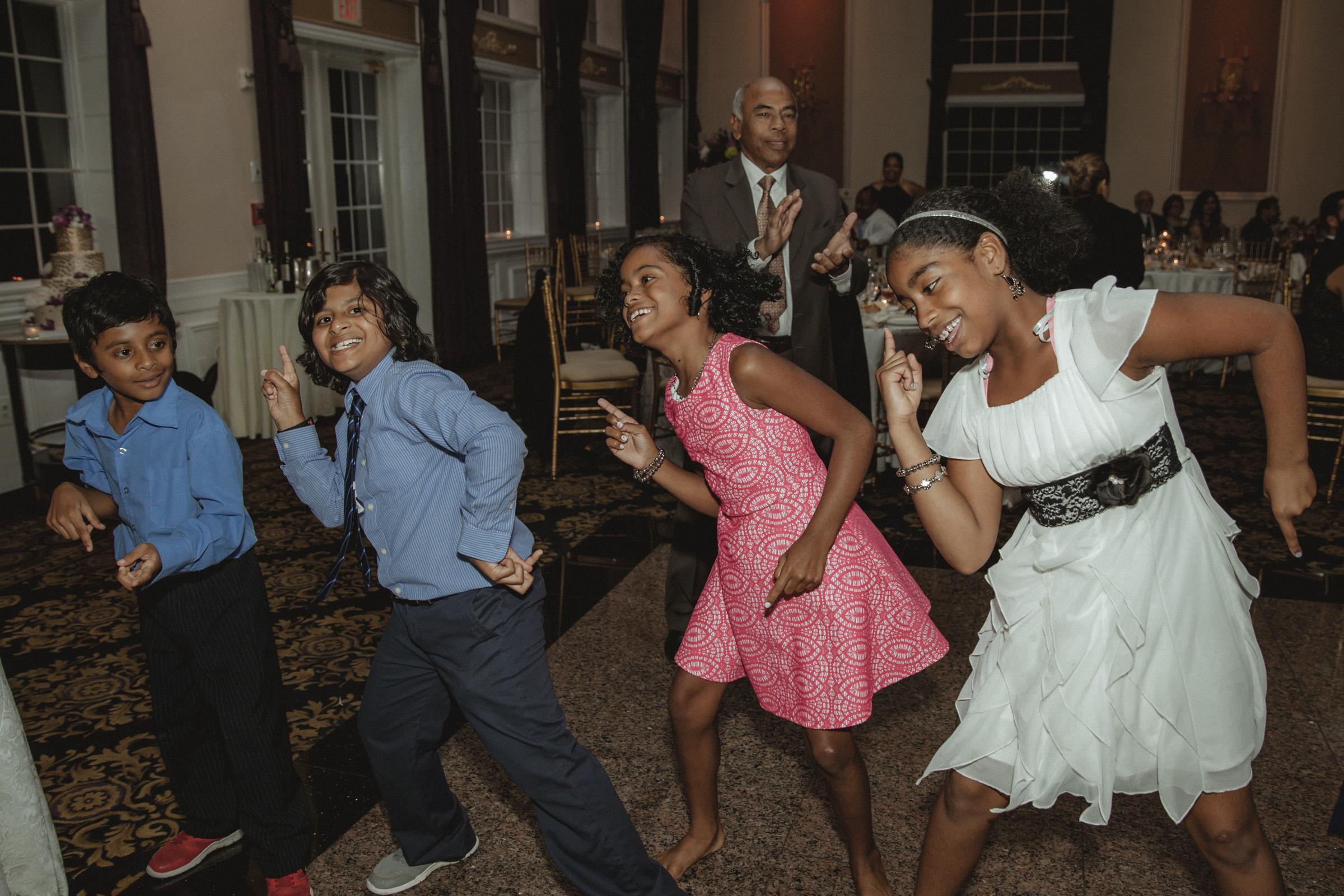 kids dancing - Estate at Florentine Gardens wedding - Hudson Valley Wedding - Kelsey & Anish's wedding - Amy Sims Photography