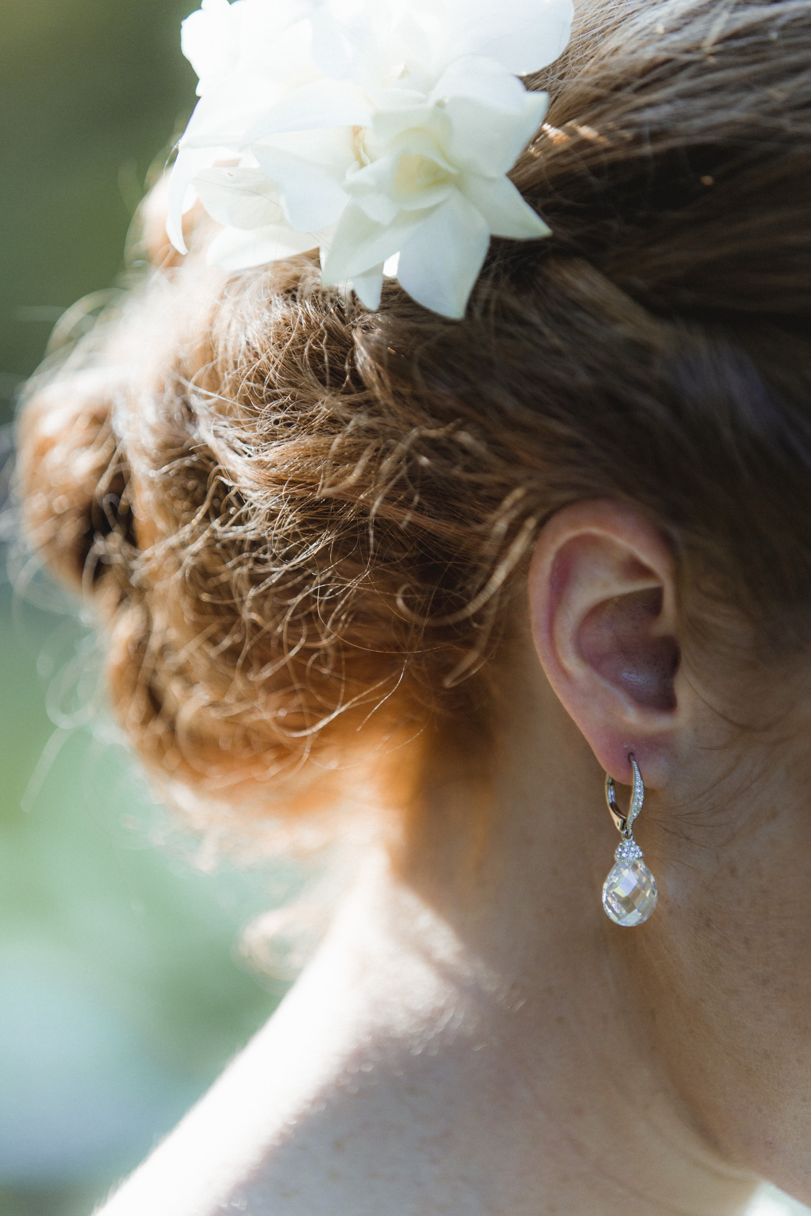 close up of brides hair and earring - Estate at Florentine Gardens wedding - Hudson Valley Wedding - Kelsey & Anish's wedding - Amy Sims Photography