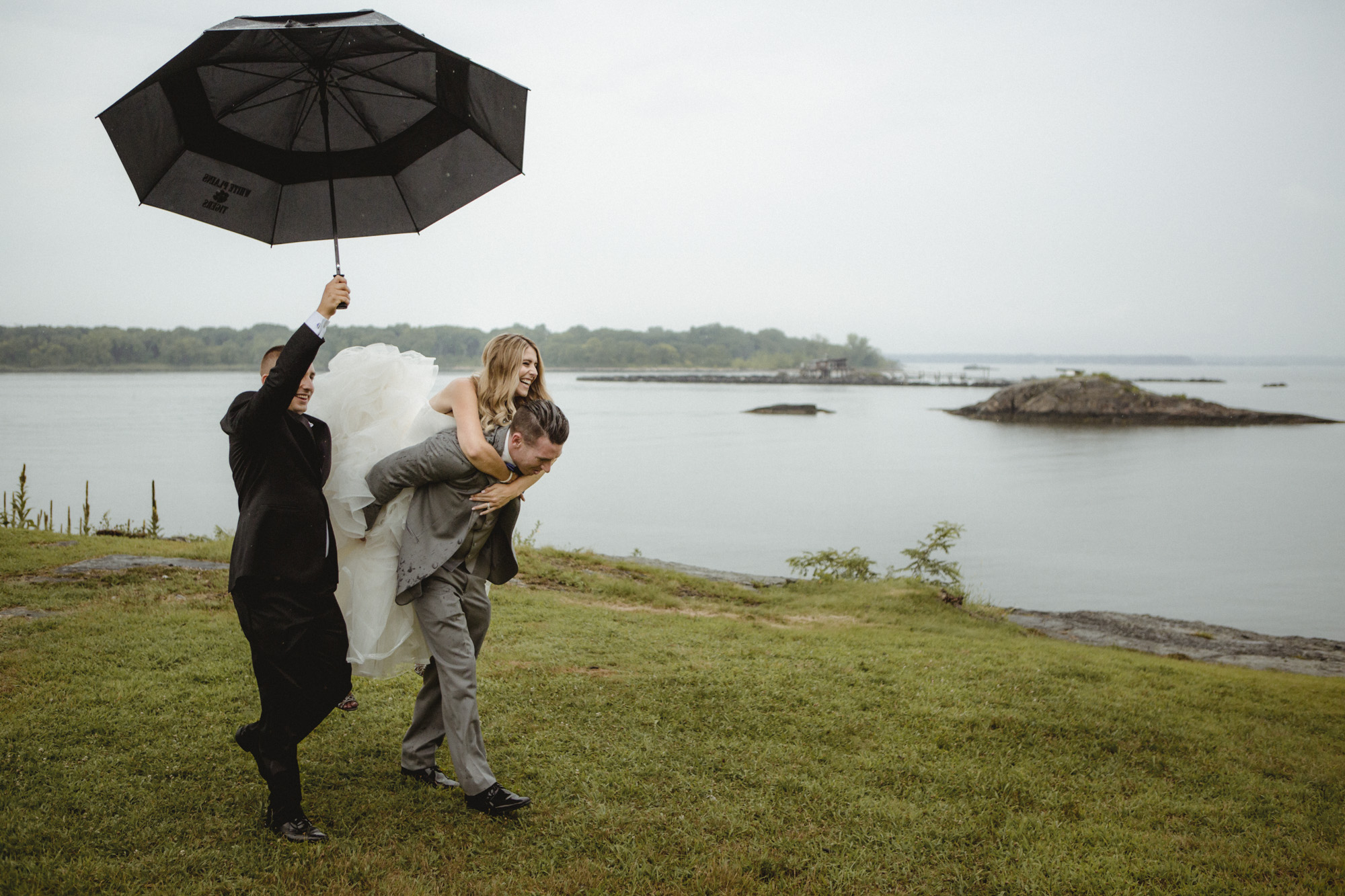 Amy Sims Photography | New York Wedding Photography | Glen Island Harbor Club | New Rochelle | Rainy day wedding