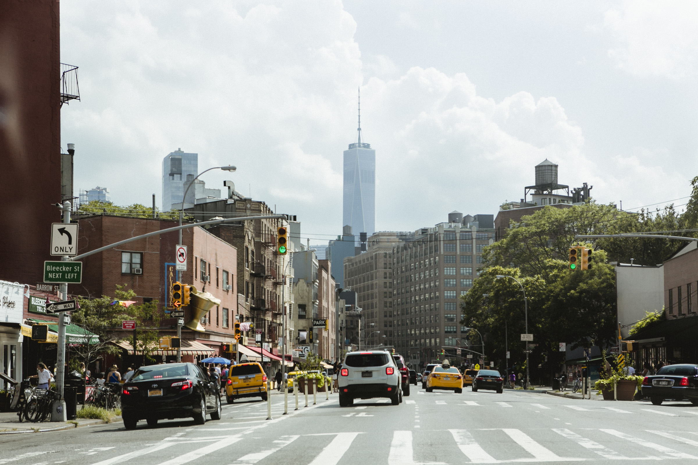 New York City street with view of Freedom Tower | Manhattan wedding | Bronx Wedding | Cathy & Antonello's wedding | Amy Sims Photography