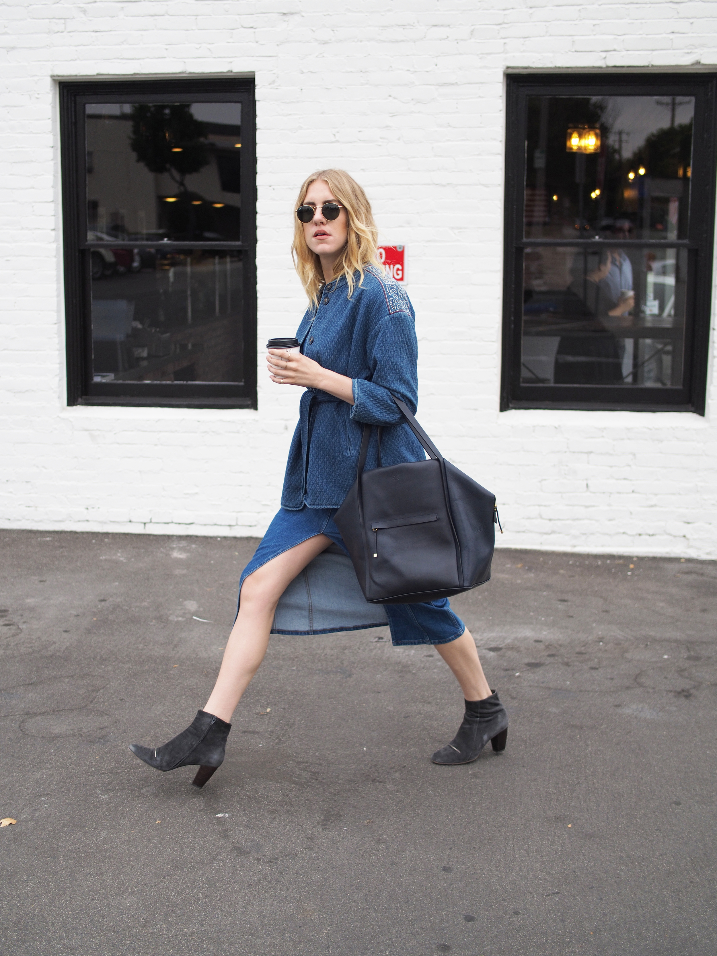 M.i.h Jeans Minas Indigo Jacket Madewell Denim Button-Front Midi Dress Manufacture Pascal Kodara Ray-Ban Round Metal Frame Coclico Full Denim Look x Taylr Anne