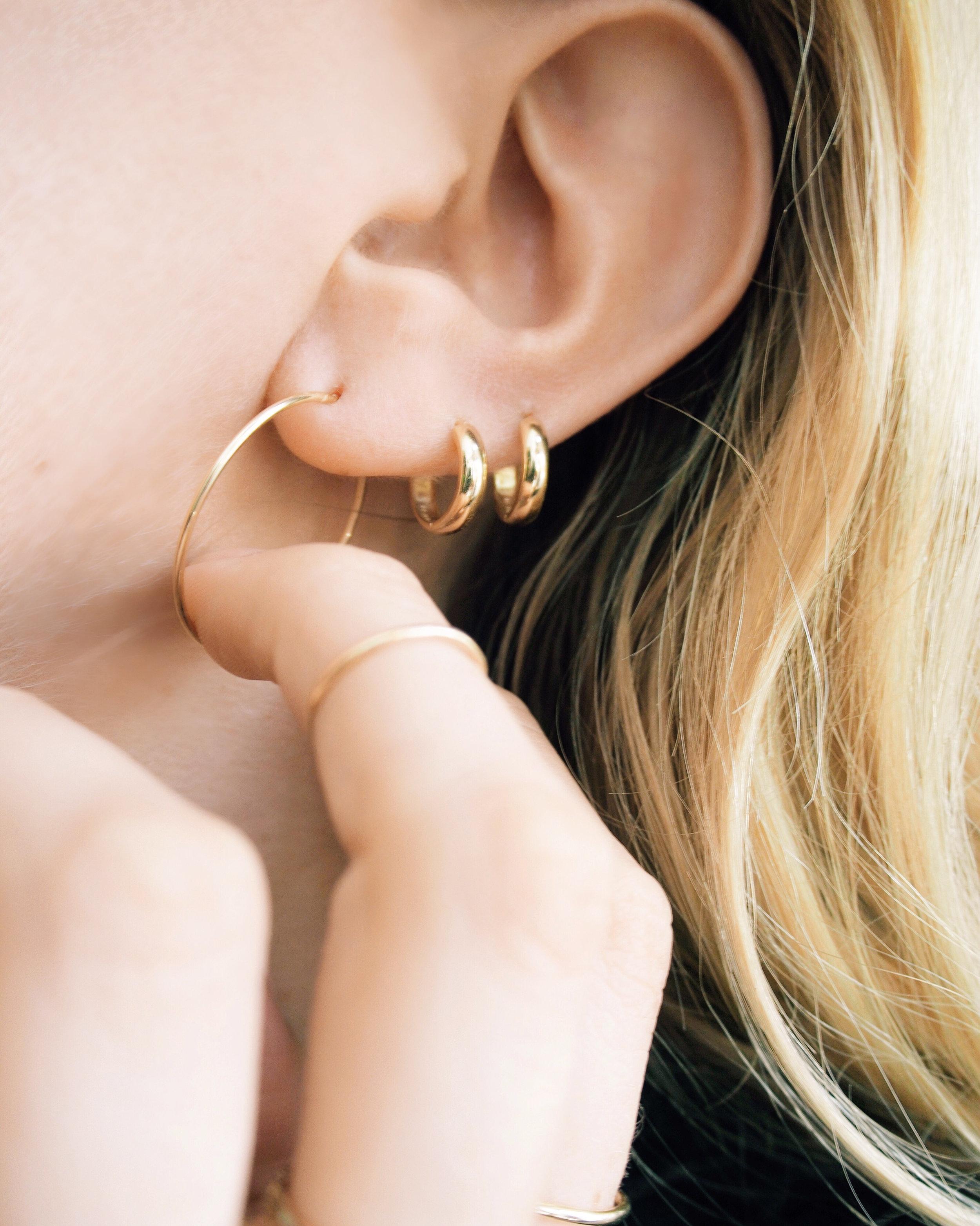 Style File Now Trending Hoop Earrings Mejuri Giveaway Taylr Anne www.taylranne.com