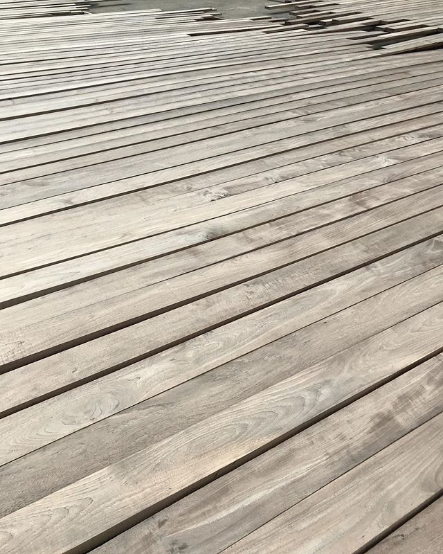 Fields of beautiful teak boards weathering naturally to a true grey patina here at the source for a private residence in San Francisco.  These are siding boards with lengths up to 18-feet and as durable and proven as only teak can be. . . . . . #teak #vintage #flooring #wideplank #decking #teakdecking #wooddesign #woodfloor #woodpaneling #woodwork #woodsiding #sourcing #greywood #grey #greyteak #patina #oldwood #antique #engineeredflooring #reclaimed #reclaimedwood #reclaimedteak #design #interiordesign #tropicaldesign #tropicalarchitecture