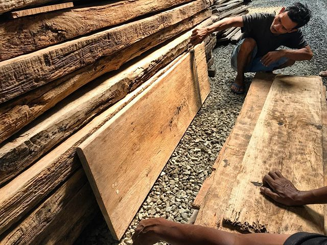 Looking at wood looking good.  Sourced some vintage slabs, antique table tops and very old door leaves in Indonesia last week, all single-leaf pieces and very wide, and all old teak.  These will make for some very unique tables and desks for some very unique and lucky people soon. . . . . . #teak #vintage #flooring #wideplank #decking #teakdecking #wooddesign #woodfloor #woodpaneling #woodwork #woodsiding #sourcing #greywood #grey #greyteak #patina #oldwood #antique #engineeredflooring #reclaimed #reclaimedwood #reclaimedteak #design #interiordesign #tropicaldesign #tropicalarchitecture