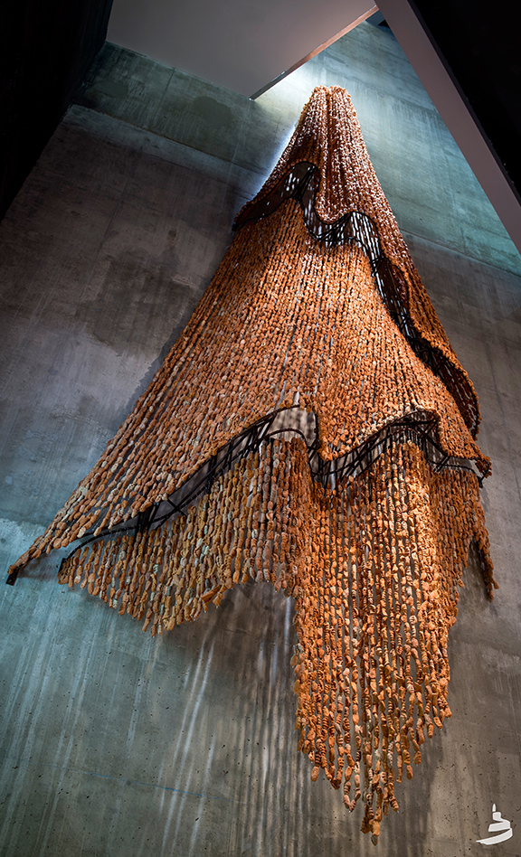 Rebecca Belmore,  trace , 2014, steel, fired clay, 40′ x 20′. Photo: Ian McCausland. Courtesy the artist and the Canadian Museum for Human Rights.