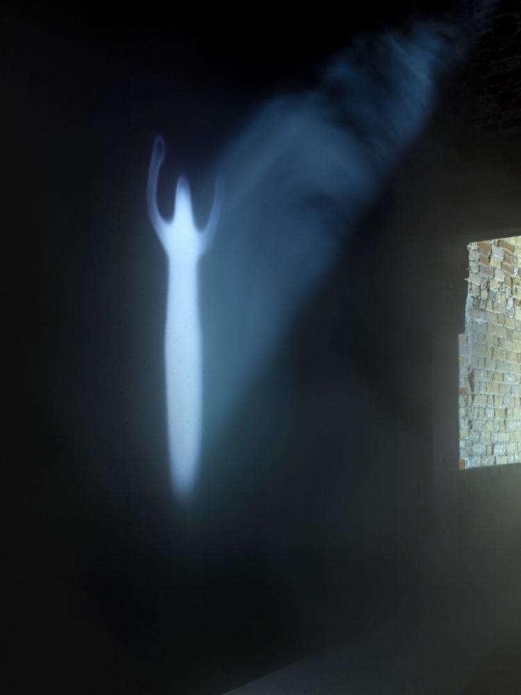 Kurt Ralske and Ann Veronica Janssens, installation view,  Intuition,  Palazzo Fortuny, 2017 © Jean-Pierre Gabriel