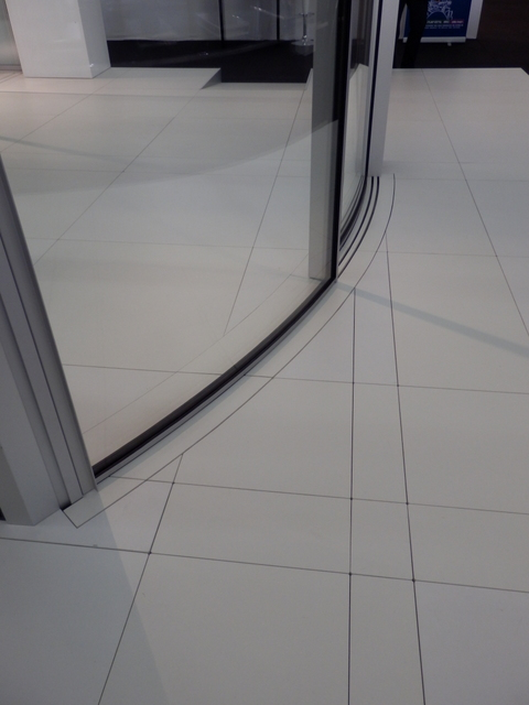 Vitrocsa minimal windows curved sliding large panels not Fineline