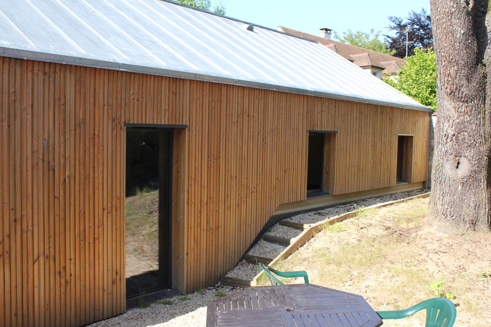 08_facade cour.JPG