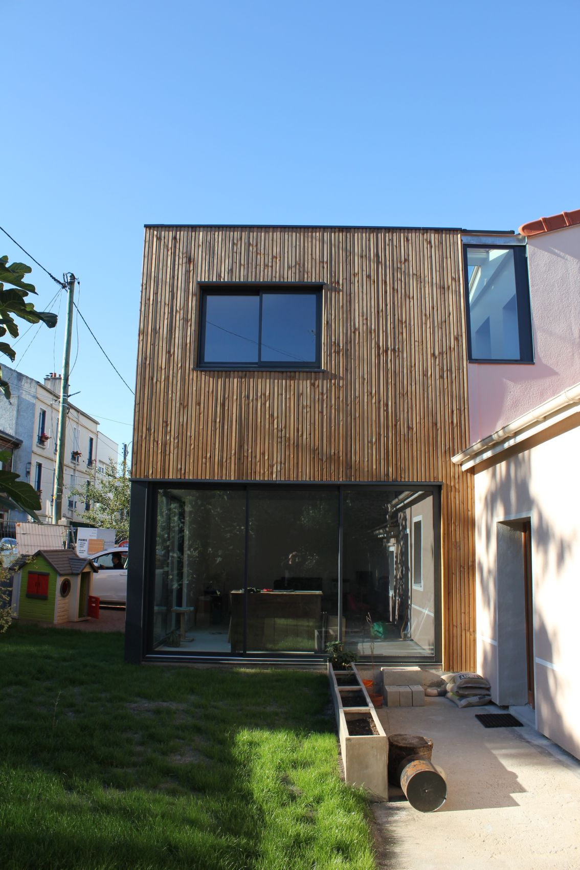 04_facade sud rdc.JPG
