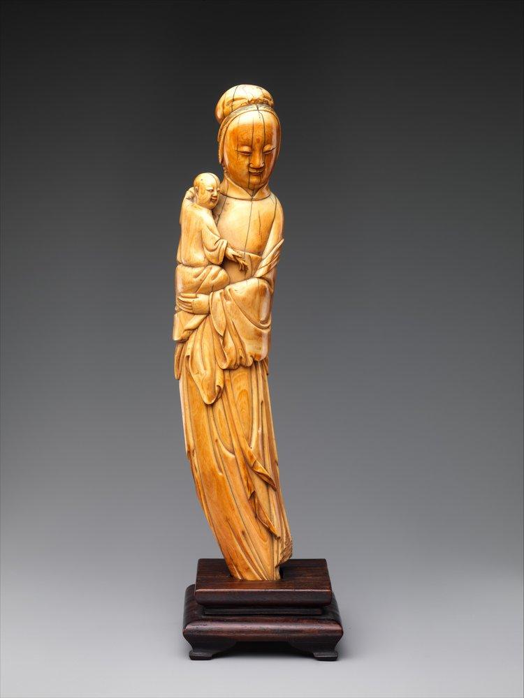 Buddhist deity Guanyin (Bodhisattva Avalokitesvara). 16th century. Ming dynasty. China. Image courtesy of The Met .