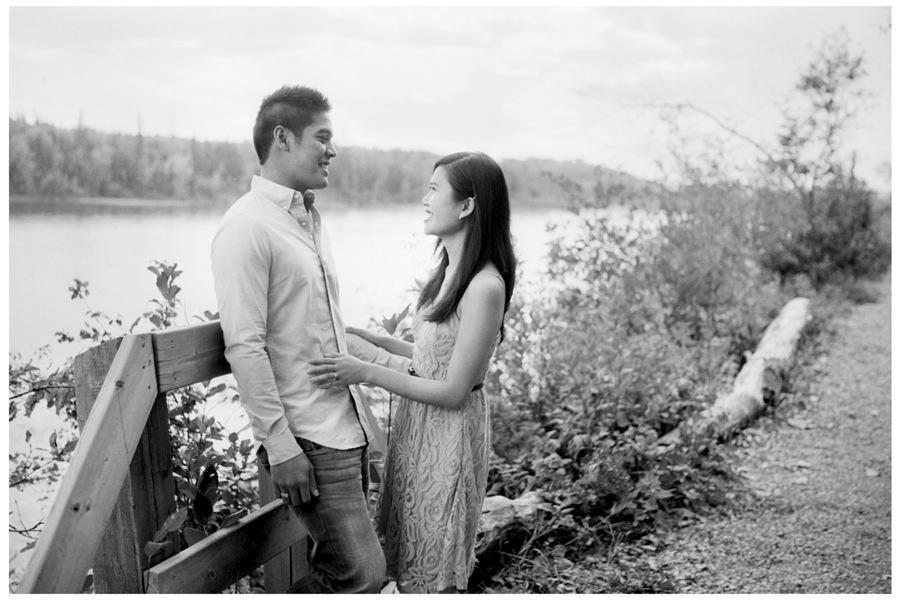 Edmonton-Engagement-Photography-03