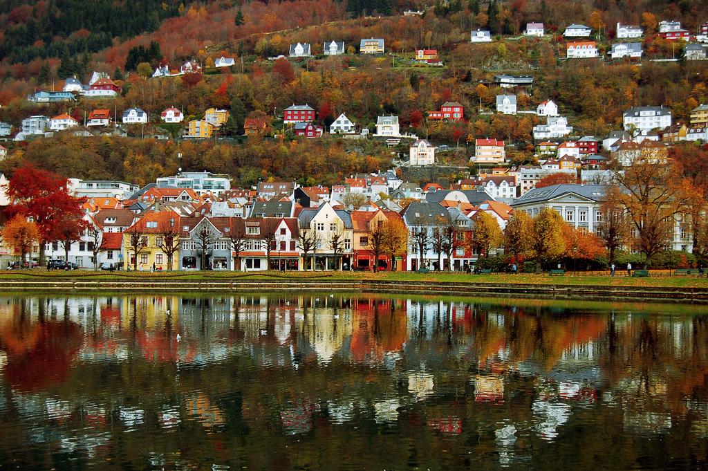 Bergen, Norway (Photo credit:  © Markus Tacker / Flickr )