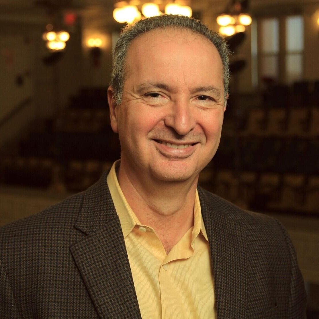 Pete Scazzero - After leading New Life Fellowship Church for 26 years, Pete co-founded Emotionally Healthy Discipleship, a groundbreaking ministry that moves the church forward by slowing the church down in order to multiply deeply changed leaders and disciples.