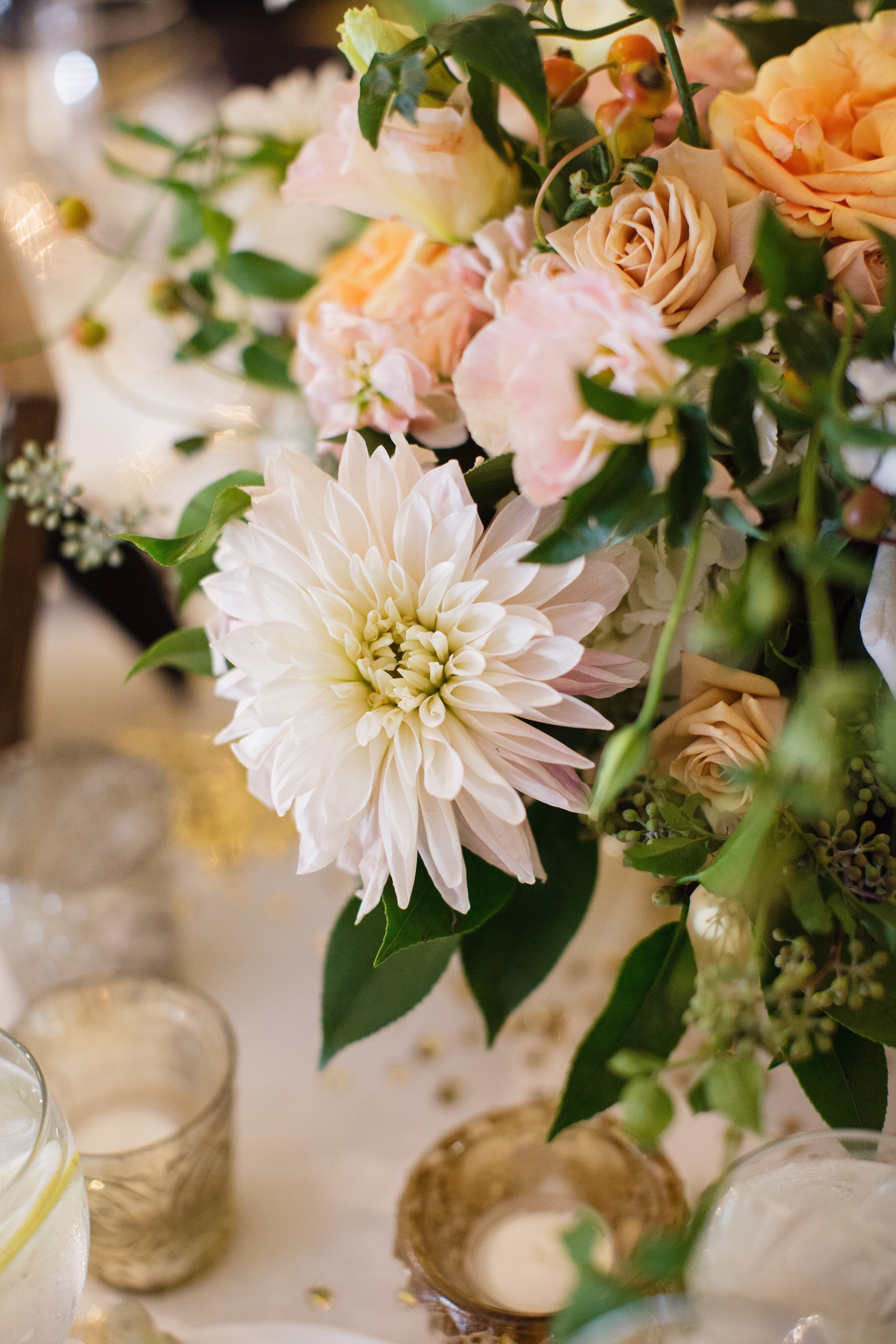 Centerpiece by Fleur Inc, photo by Sarah Postma Photography