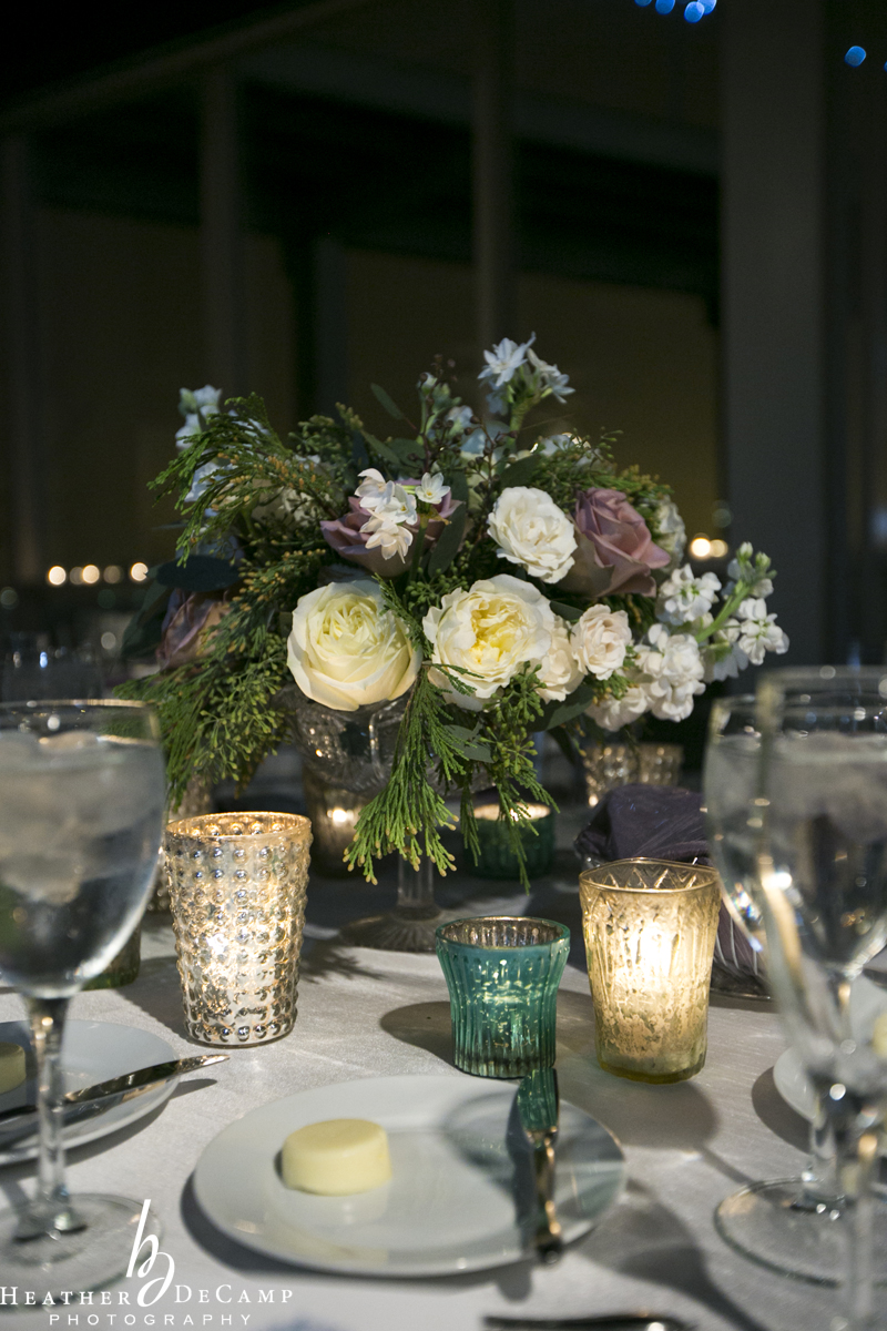Floral by Fleur Inc, photo by Heather DeCamp Photo, Planning by Five Grain Events