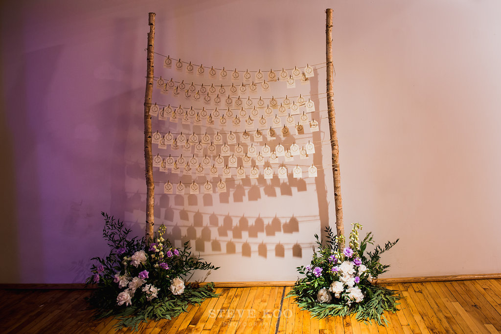 Flowers by Fleur Inc, photo by Steve Koo Photography at the Bridgeport Art Center