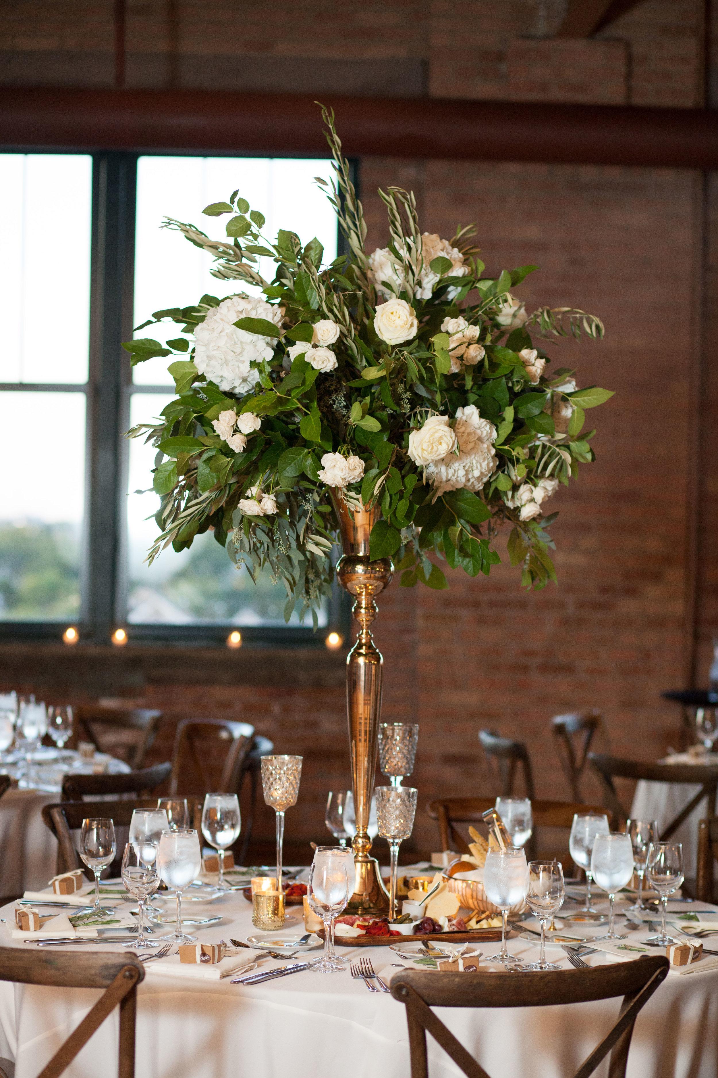 Fleur-Inc-Wedding-Natalie-Probst-Photography-Bridgeport-Art-Center-With-Estera-Events