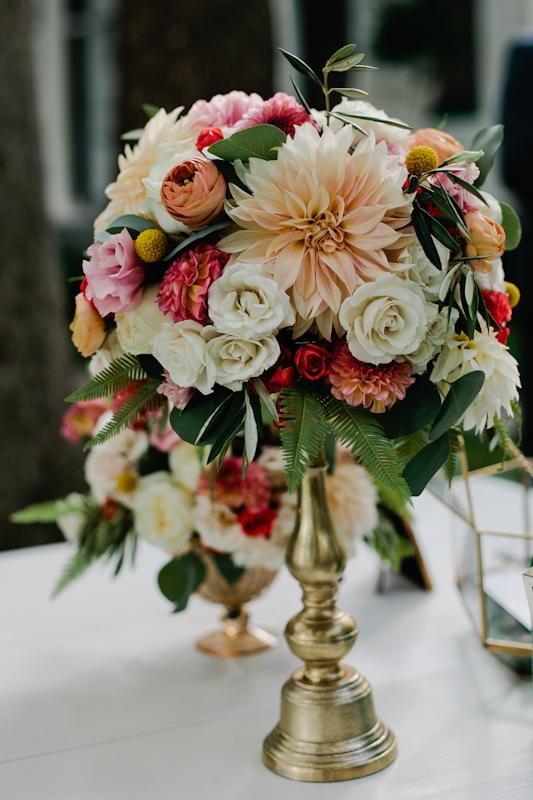 Fleur-Inc-Wedding-Lake-Geneva-Lakeside-Wedding-Five-Grain-Events-Anna-Guziak-Escort-Table
