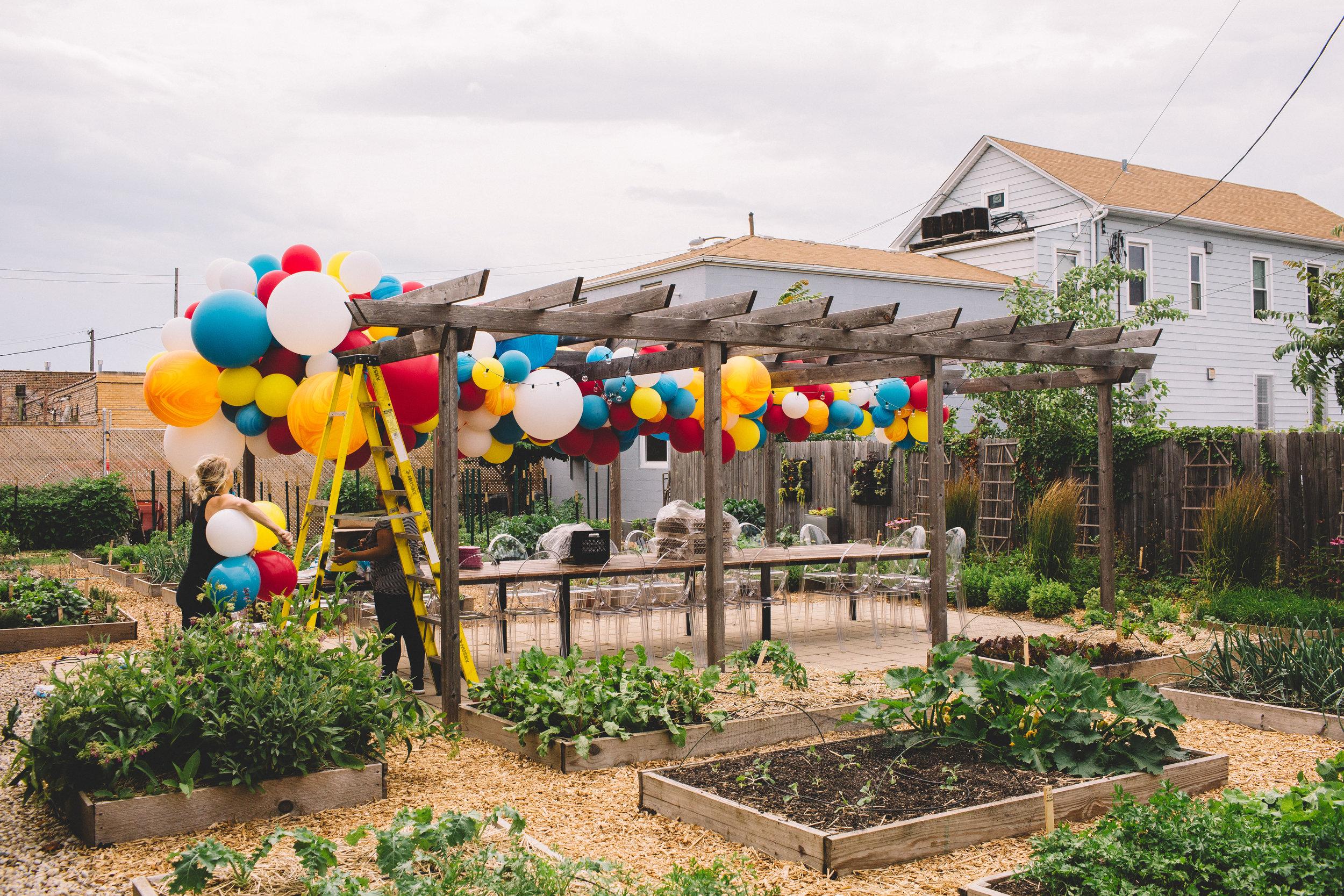 Fleur-Inc-Big-Delicious-Planet-Stephanie-Bassos-Photo-Nimblewell-Luft-Balloon