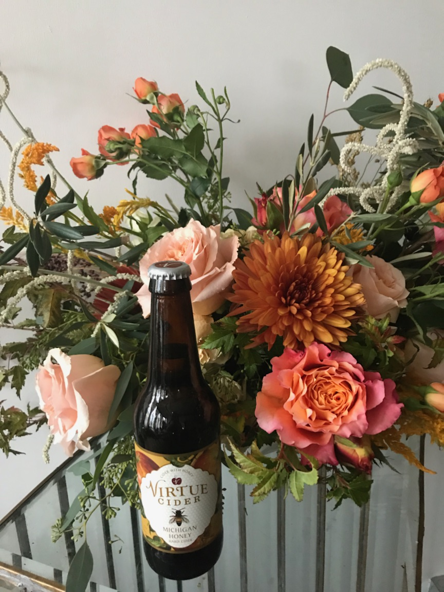 Fleur-Inc-Workshops-Logan-Square-Layers-of-Loveliness-Virtue-Cider