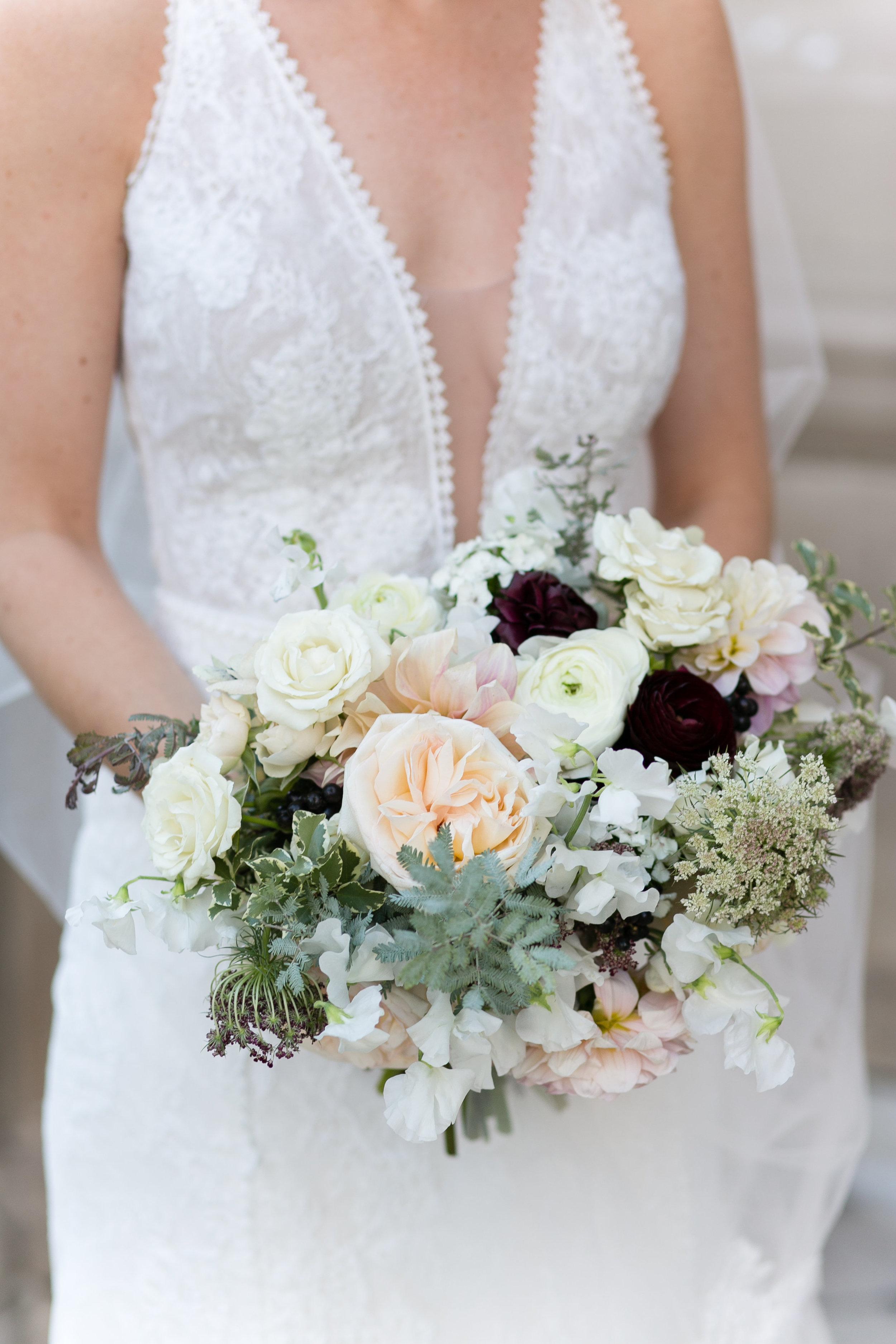 Fleur-Inc-Emilia-Jane-Photography-Estera-Events-Langham-Hotel-Chicago-Wedding-Bridal-Bouquet