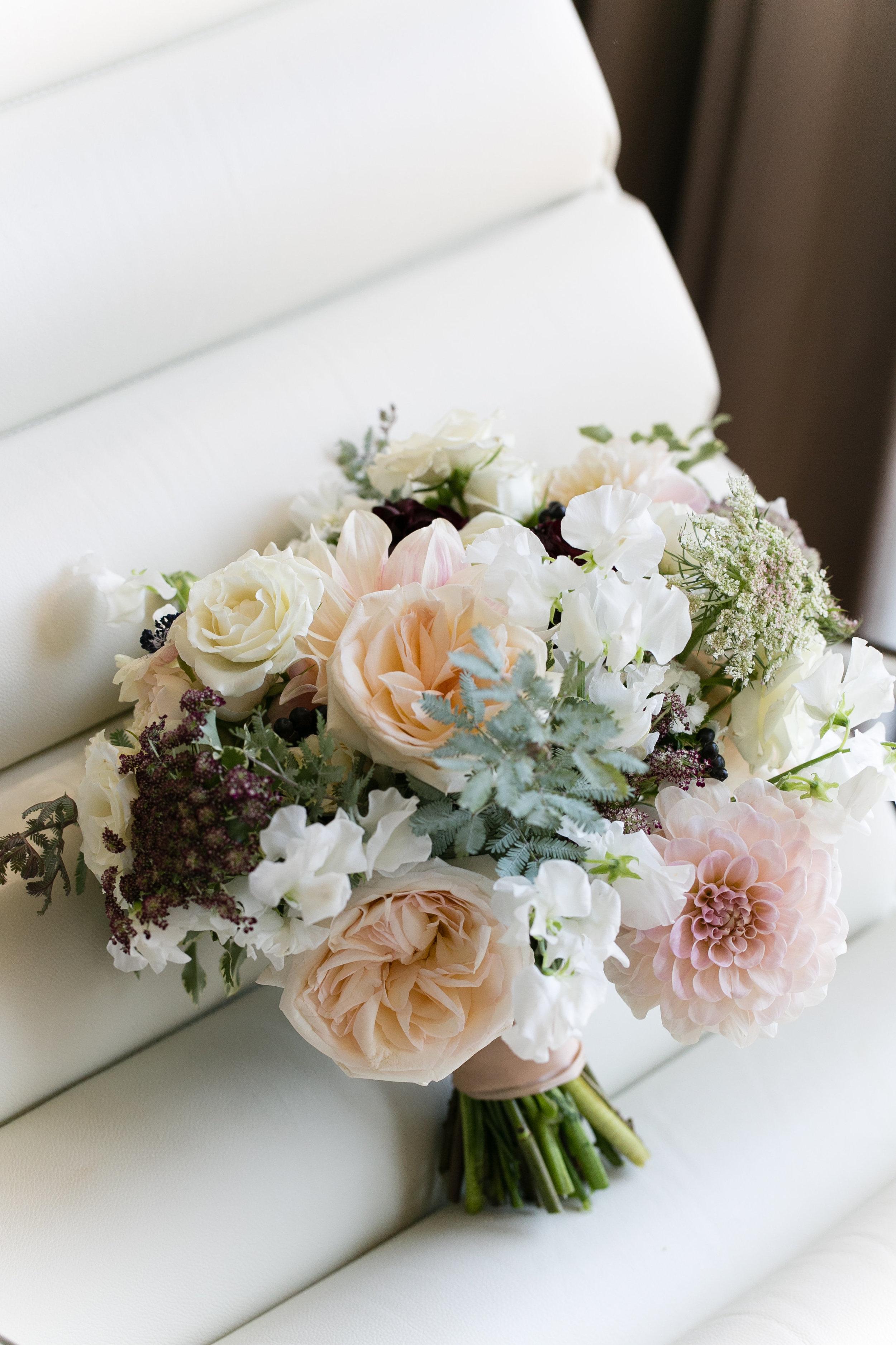 Fleur-Inc-Emilia-Jane-Photography-Estera-Events-Langham-Hotel-Chicago-Wedding-Bridal-Bouquet-Dahlia