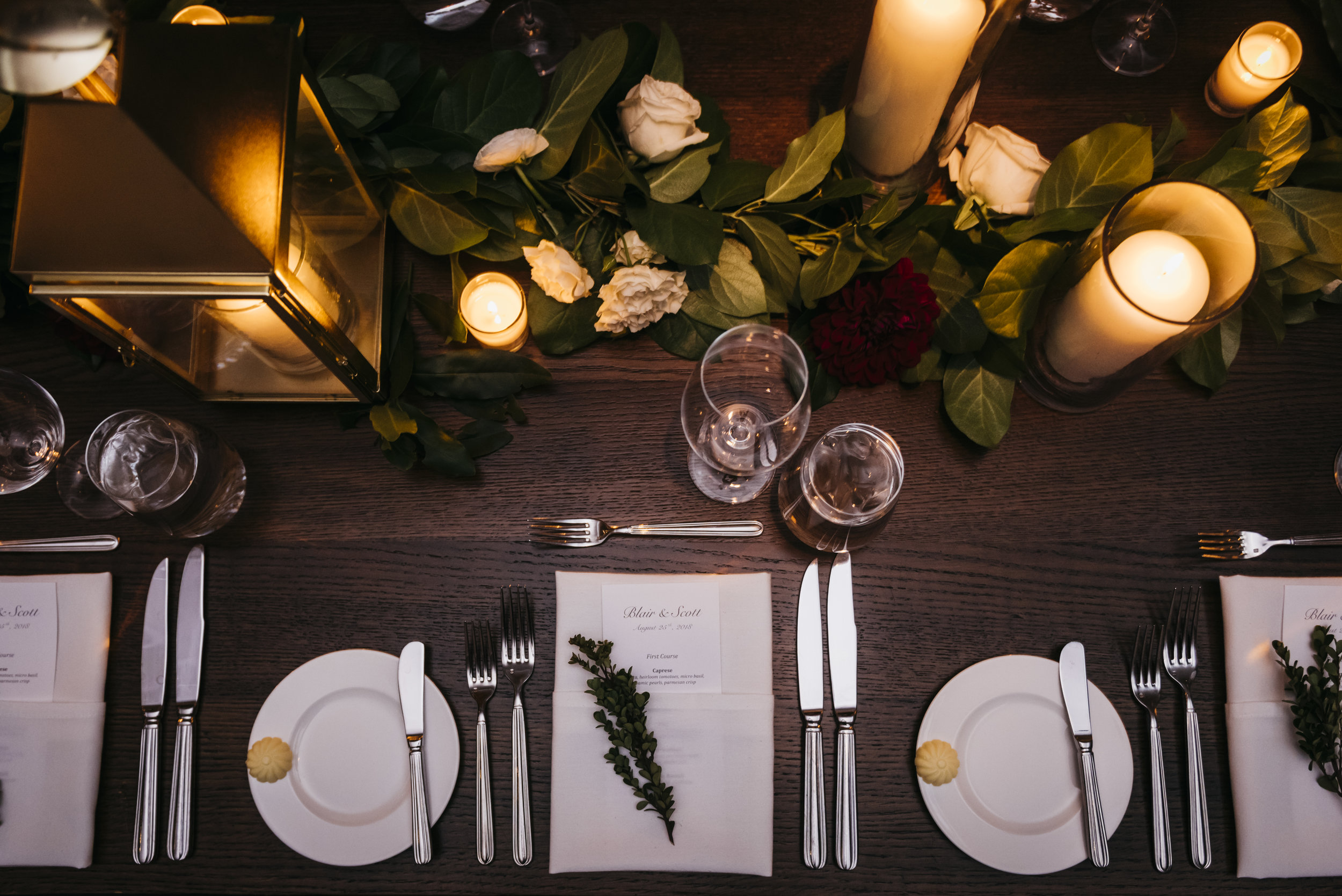Flowers by Fleur Inc, Photo by Erin Hoyt, Planning by LK Events at the Ivy Room