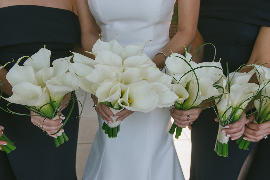 Flowers by Fleur Inc, Image by Thara Photography, Wedding at Chicago History Museum
