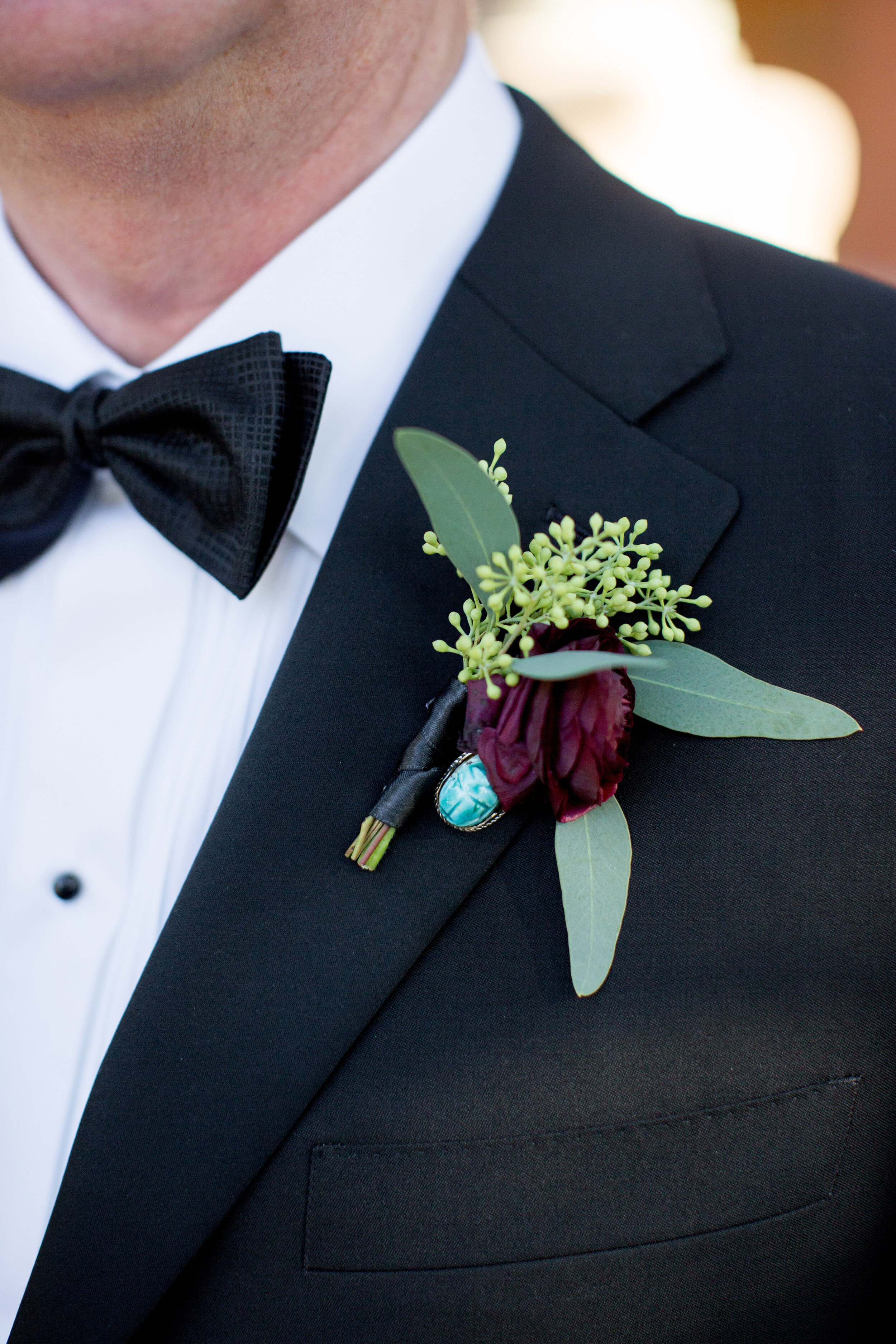 Flowers by Fleur Inc, Photo by Olivia Leigh Photographie, Planning by Estera Events, Ranunculus Boutonniere