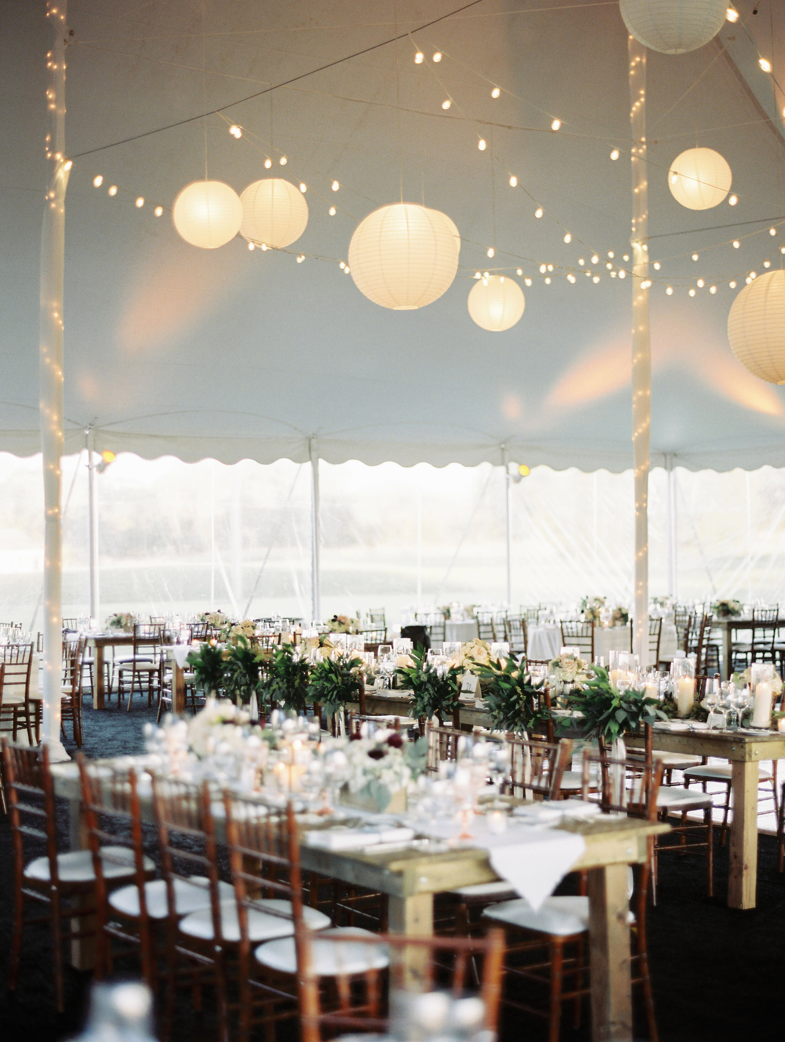 Flowers by Fleur Inc, Photo by Olivia Leigh Photographie, Planning by Estera Events