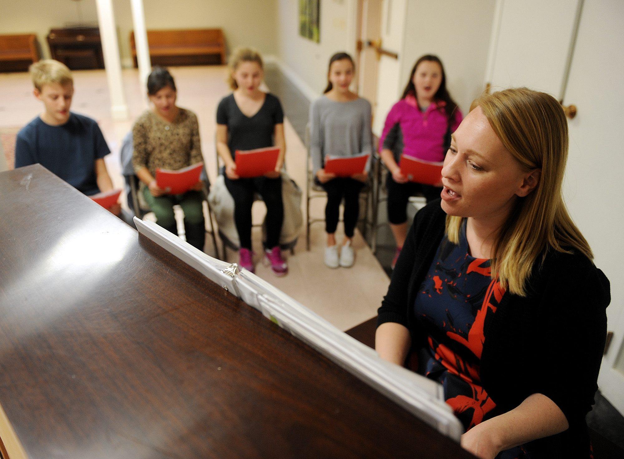 Ruth teaching chorus.jpg