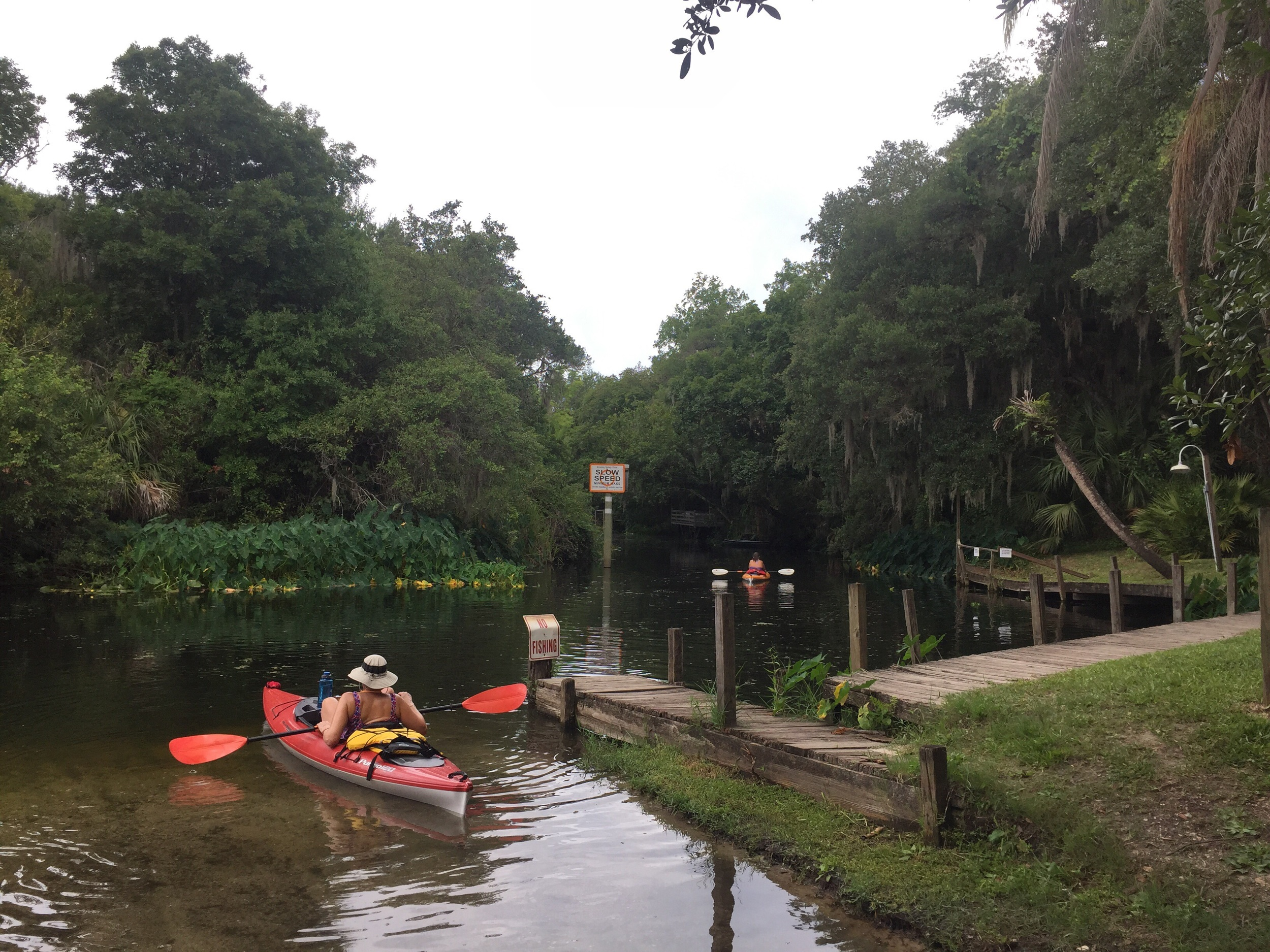 Canoe launch at the Linger Lodge, Braden River.