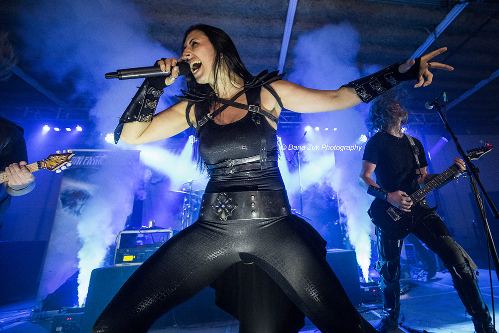 Brittney Slayes - UNLEASH THE ARCHERS