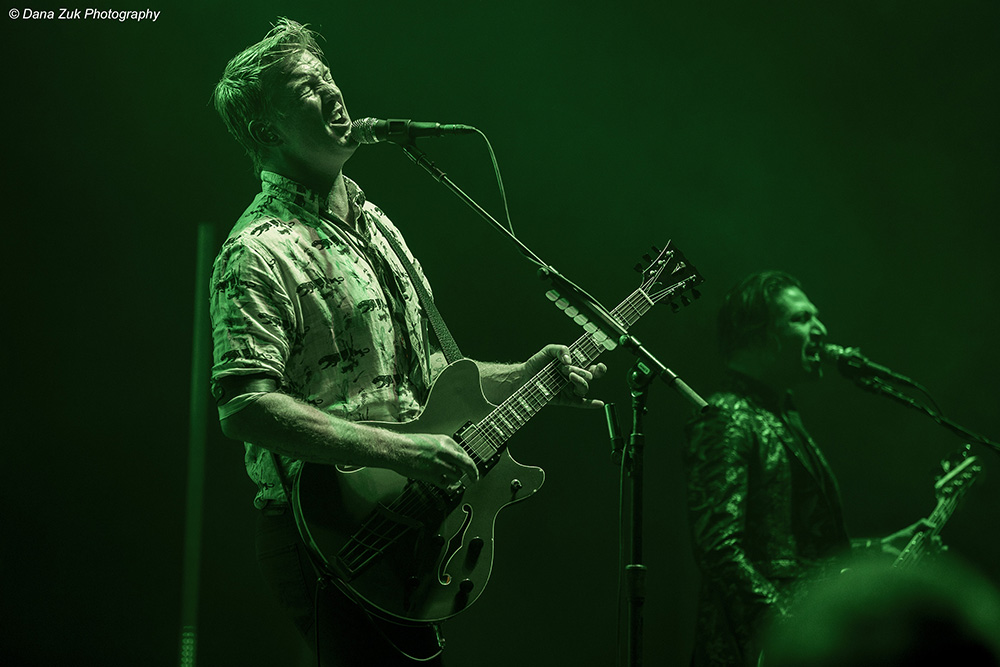 Josh Homme - QUEENS OF THE STONE AGE