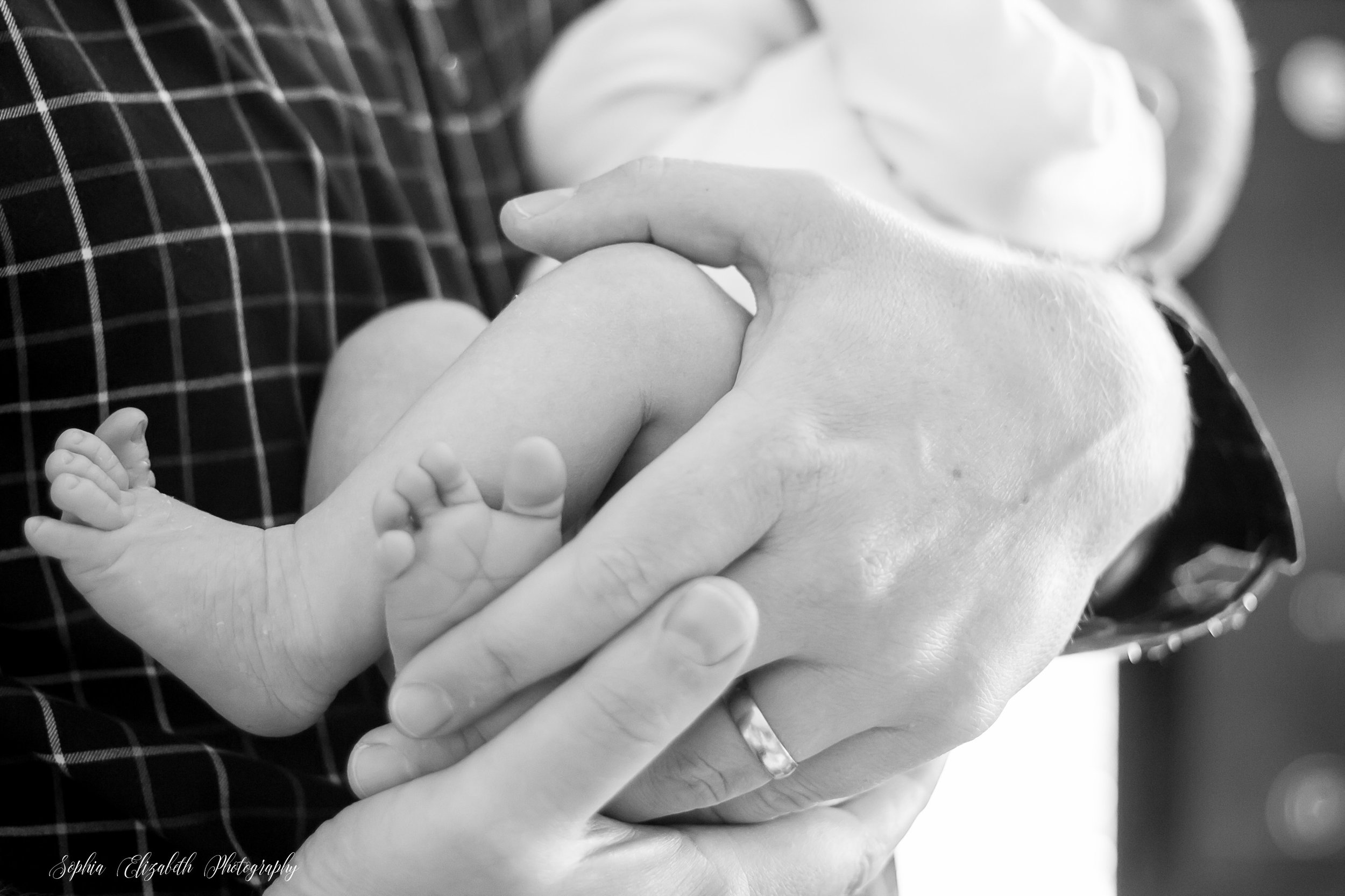 Bessey-Newborn-family-lifestyle-session-bringing-new-baby-home-san-diego-photography (19 of 82).jpg