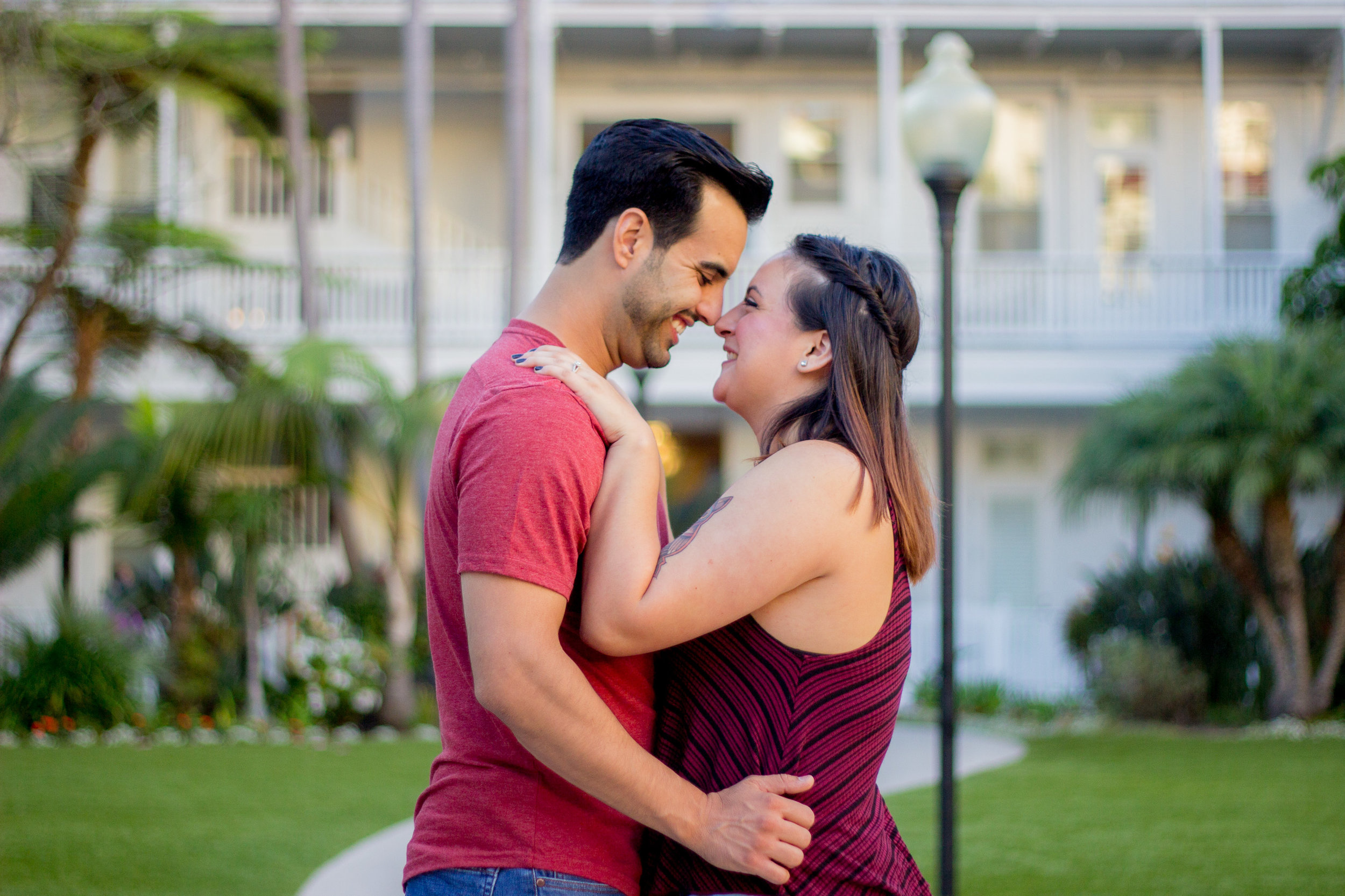 hotel-del-coronado-california-proposal-engagement-san-diego-wedding-photographer