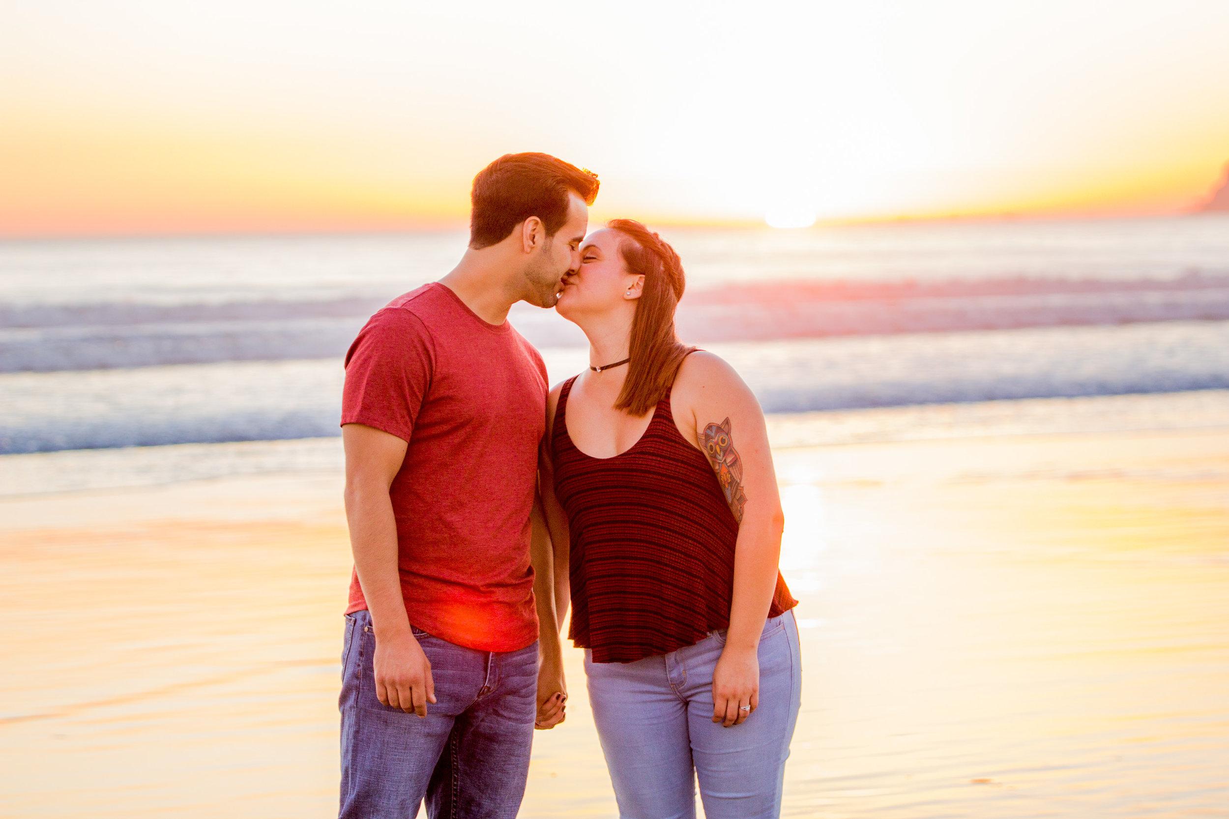 san-diego-sunset-coronado-beach-engagement-photographer-wedding-planning