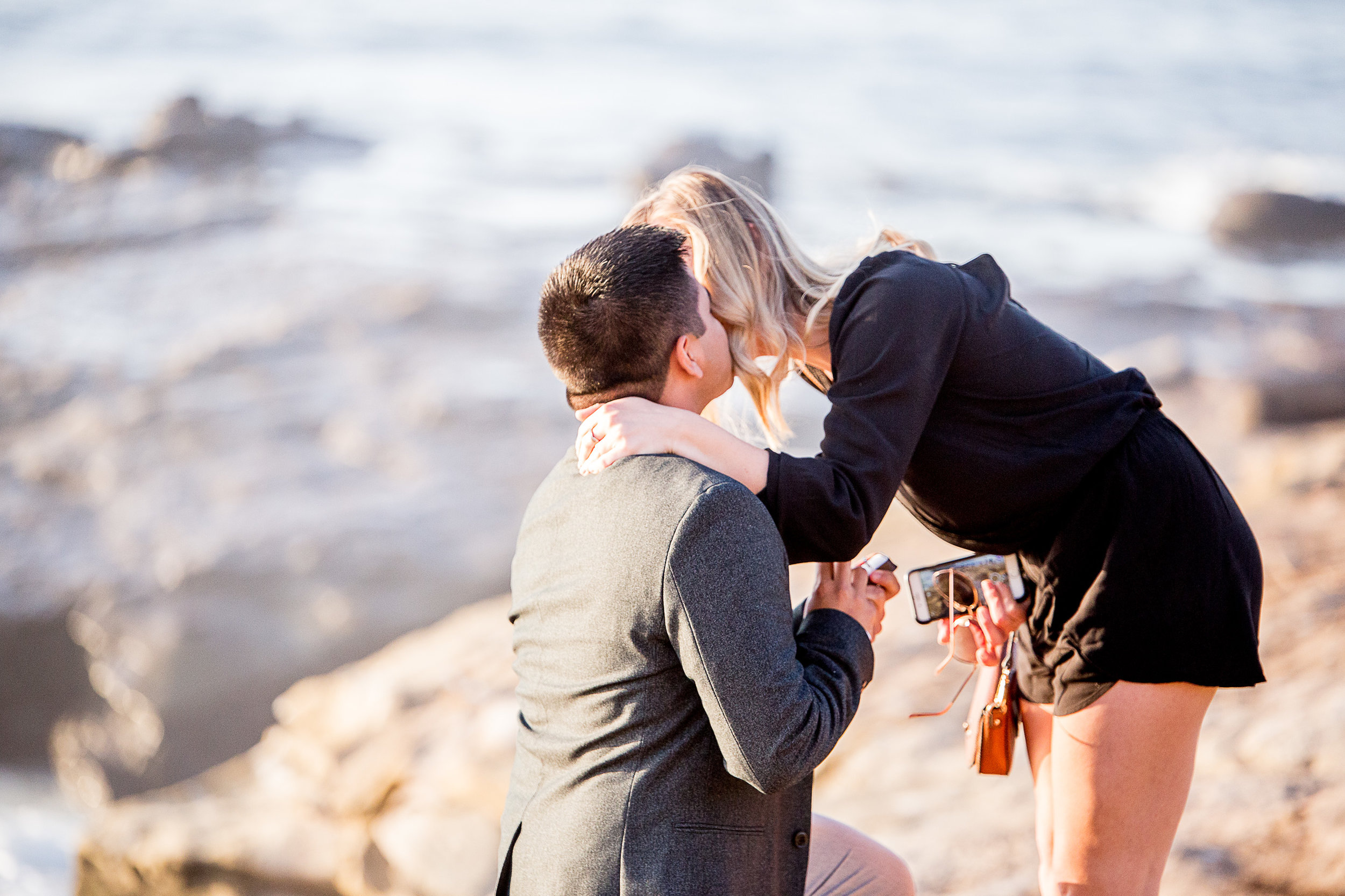 La-jolla-cove-proposal-chicago-natives-san-diego-sunset-golden-hour-love-story-engaged-alligator-head (18 of 158).jpg