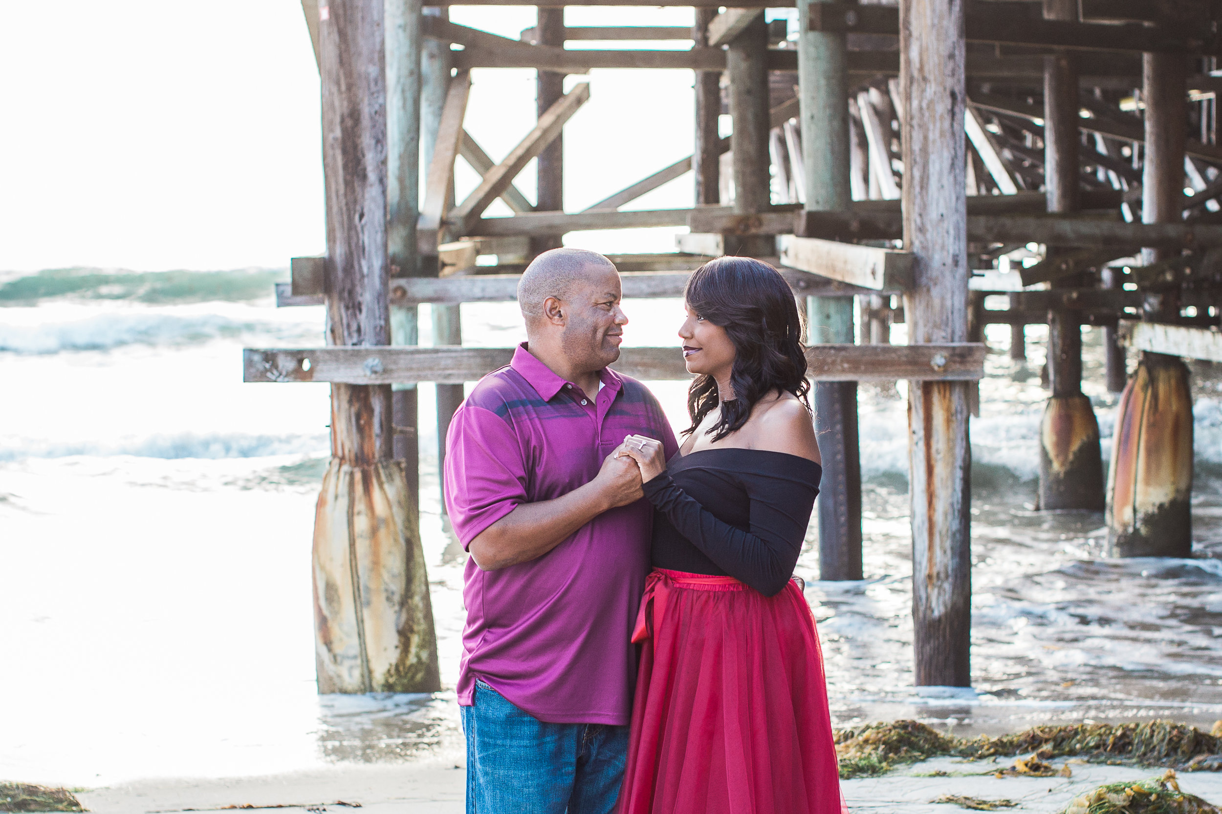 san-diego-wedding-photographer-beach-engagement-session-so-cal-pier