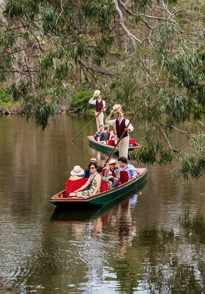 punting on the river 3.jpg