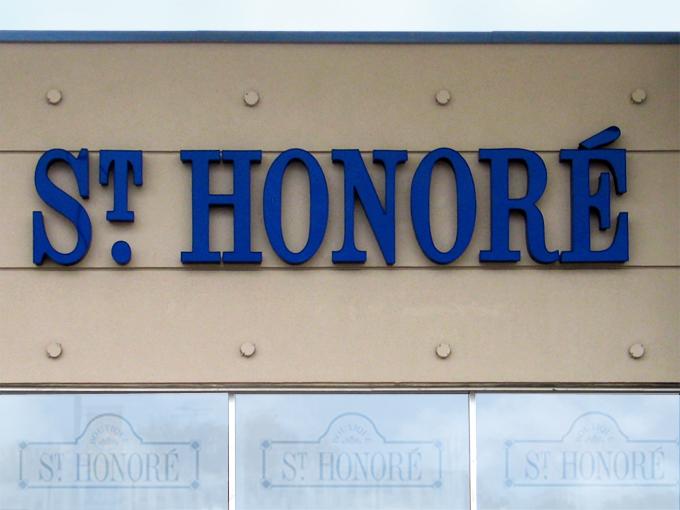 St.Honore1.jpg