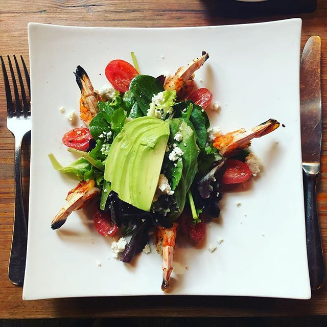 One of our specials tonight is a Grilled Shrimp Salad. It is perfectly paired with a glass of Prosecco. #prosecco #shrimp #onieals #specials #newyork #soho #littleitaly #chinatown #restaurant #bar #beer #wine #cocktails #cheers